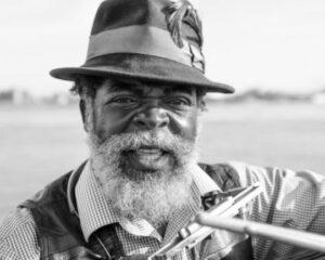 Een portret van een zwarte man - hoe diafragma's foto's beïnvloeden